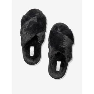 Black Crossover Faux Fur Slippers Large(9/10)